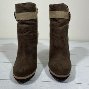 ASHLEY STEWART Ankle Boots Brown Size 8